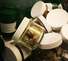 Cancer and cannabis: How I learned to stop worrying and love medical marijuana http://boingboing.net/2014/12/23/cancer-and-cannabis-how-i-lea.html … #marijuana