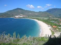 Isla de Margarita is located in the caribbean sea to the north of venezuela. This beautiful island is one of venezuela's gems. Msc Cruises, Tropical Beaches, Caribbean Sea, Beautiful Islands, Beautiful Places, South America, Tourism, Places To Visit, Outdoor
