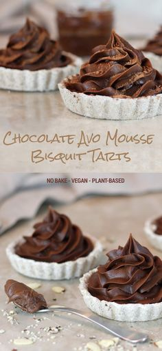 Chocolate Avocado Mousse No-Bake Biscuit Tarts - Green Smoothie Gourmet Healthy Vegan Breakfast, Healthy Vegan Desserts, Raw Desserts, Vegan Dessert Recipes, Vegan Treats, Delicious Vegan Recipes, Baking Recipes, Whole Food Recipes, Tasty