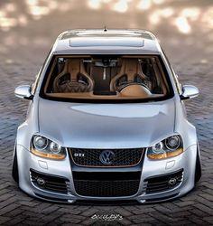Vw Bora Tuning, Golf Gti R32, Jetta A4, Vw Cabrio, Carros Bmw, Sports Wagon, Luxury Car Dealership, Day Van, Volkswagen Polo