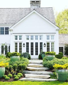 Home exterior designs are a vital portion of your house's curb appeal. Your house is your refuge and ought to reflect that, right to the exterior design. The building exterior has become the most important portion of a structure. Farmhouse Landscaping, Modern Farmhouse Exterior, Front Yard Landscaping, Rustic Farmhouse, Landscaping Ideas, Farmhouse Front, Farmhouse Design, Modern Landscaping, Cottage Exterior