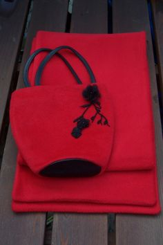 Floral Wool & Cashmere Wool Bag with Scarf by Alison Hewitt @  sew-whats-new.com