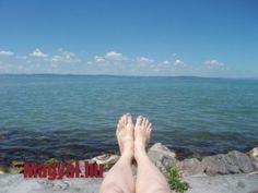 Láblógatás - Balatonszéplak-felső szabadstrand - Balaton - strand