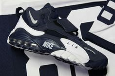 makeup of the Nike Air Max Speed Turf. feed2c63b