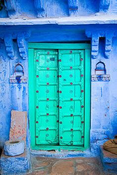Aqua and Blue - Doors and Entrance in Jodhpur Rajasthan India & TURQUOISE DOOR | Blue | Pinterest | Turquoise door Doors and ... pezcame.com
