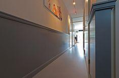 Lambrisering vlak MDF | Iprocom - Interieurbouw en maatwerk meubels My Dream Home, New Homes, Stairs, Cool Stuff, Interior, House, Inspiration, Graphics, Tv