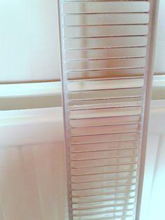 Πώς να καθαρίσεις εύκολα και γρήγορα τα καλοριφέρ σου - e-mama.gr Ladder Decor, Blinds, Curtains, House, Natural, Tips, Home Decor, Decoration Home, Home