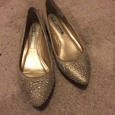 Bcbg gold flats Worn once BCBG Shoes Flats & Loafers