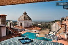 Grande terrasse entre ciel et mer. in Sennariolo #airbnb