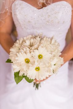 a few thoughts about flowers for your wedding.