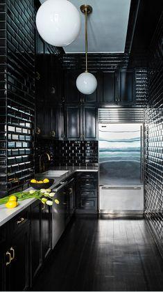 Modern Kitchen Design, Interior Design Kitchen, Home Building Design, House Design, Industrial House, Industrial Apartment, Gothic Kitchen, Kitchen Black, Black Interior Design