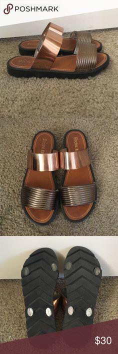 Electric Karma sandals Rose gold color. Super cute sandals size 8 Electric Karma Shoes Sandals