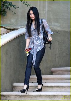 Vanessa Hudgens is Peep Toe Pretty