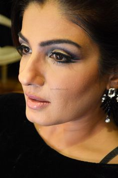 Picture from Nivritti Chandra Photo Gallery on WedMeGood. Bollywood Actress Hot Photos, Indian Bollywood Actress, Beautiful Bollywood Actress, Beautiful Girl Indian, Most Beautiful Indian Actress, Raveena Tandon Hot, Andrea Hot, Party Makeup Looks, Indian Actress Images