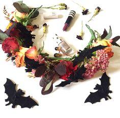 Make a Halloween Headdress workshop! Friday 30th October, 7-8.30pm, Betty Blythe Vintage Tea rooms, Brook Green, London. Bookings at www.heavenlyheaddress.com