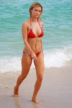 http://4.bp.blogspot.com/-zrbjnuJN_uk/UkgrDEVYfxI/AAAAAAABDkU/y4ijM2Jwovk/s1600/Joanna+Krupa+wearing+a+bikini+in+Miami_092813_3.jpg