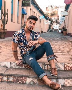 Awesome Summer Outfits Ideas You Will Love - Clothing Shapes Love Clothing, Mens Clothing Styles, Men Looks, Outfit Jeans, Shirt Outfit, Men Style Tips, Casual Summer Outfits, Spring Outfits, Jogging