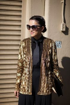 drop a gold sequin blazer onto an all black outfit et voila! perfection :)