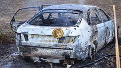 Καμένο αυτοκίνητο έξω από την Αλεξάνδρεια