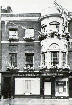 Neal & Robarts, High Street