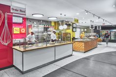 University of Toronto Food Services Photography by Revelateur Studio Soup Bar, Architectural Services, Gourmet Burgers, University Of Toronto, Food Concept, Salad Bar, Food Service, Unique Recipes, Urban Design