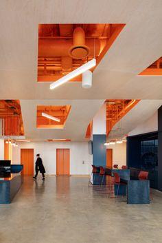 Office Tour: OCAD U CO Incubator Offices – Toronto – Office İnterior İdeas Office Interior Design, Office Interiors, Office Ceiling Design, Modern Interior, Commercial Interiors, Commercial Design, Window Wrap, Ecole Design, Co Working