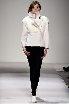 Fall 2011 Ready-to-Wear Gianfranco Ferré