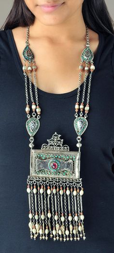 Uzbekistan | Necklace; old silver, semi precious stone and pearl | 695$ ~ sold || Original description by seller was that this was a necklace from Afghanistan.