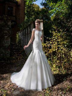 Gyönyörű sellő fazonú menyasszonyi ruha a Nefelejcs ruhaszalonban. Mermaid Wedding, Wedding Dresses, Fashion, Bride Dresses, Moda, Bridal Gowns, Fashion Styles, Weeding Dresses, Wedding Dressses