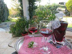 Ζουζουνομαγειρέματα: Λικέρ αρμπαρόριζας με κόκκινο κρασί!