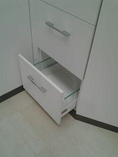 Robe drawer