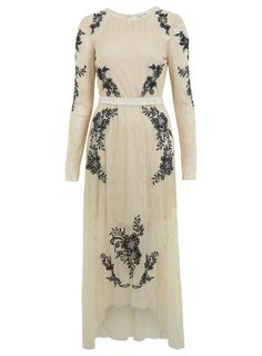 CREAM LACE MAXI DRESS  Price: $130.00  Color: ASSORTED  Item code: 18E20KMUL | MissSelfridge.com