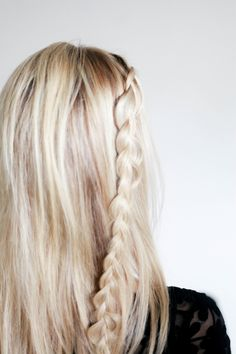 Diagonal French Braid - Loose French Braid Tutorial and Creative Hairstyles - The Trending Hairstyle Moustaches, Sarah J Mass, Quinn Fabray, Different Hair Types, French Braid, Along The Way, Her Hair, Hair And Nails, Hair Inspiration