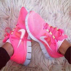 Nike Women Shoes. Nike Free Run +3 v5.0 Women Hot Pink Trainers Running Shoes Neon