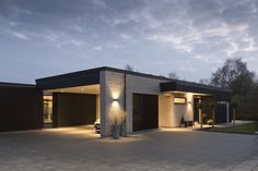 Byg nyt hus | Byg din drømmebolig | Galleri - Uldum Huse A/S Garage Design, Exterior Design, House Design, Village Houses, Architect House, Danish Design, Modern Bedroom, Home Fashion, Beautiful Homes