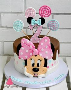 Minnie Kuchen - Geburtstagstorte - You are in the right place about happy Birthday Cake Here we offer you the most beautiful pictures about the Birthday Cake harry Torta Minnie Mouse, Mickey And Minnie Cake, Bolo Mickey, Minnie Mouse Birthday Cakes, Mickey Cakes, Baby Birthday Cakes, Mickey Birthday, Purple Birthday, 2nd Birthday