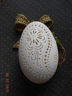 Not Black Friday Etsy, 41% DISCOUNT Unique, Paisley Carved Egg Christmas Ornament, Handcrafted Gift Box Included.