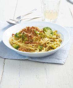 Broccoli-Spaghetti mit Bröseln Rezept - [ESSEN UND TRINKEN]