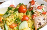 Le taboulet de poulet est un plat que l'on peut modifier de plusieurs façons. Cela tombe bien, le chef Cyril Lignac a quelques astuces pour le rendre encore plus goûteux.