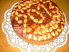 Εύκολη βασιλόπιτα με μαγιά - cretangastronomy.gr Apple Pie, Desserts, Food, Tailgate Desserts, Deserts, Essen, Postres, Meals, Dessert