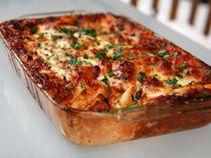 Sunday Dinner: No-Holds-Barred Lasagna Bolognese Recipe Ragu Bolognese, Lasagna Bolognese, Food Lab, Homemade Cheese, Pesto Sauce, Simply Recipes, Serious Eats, Diy Food, Food Ideas
