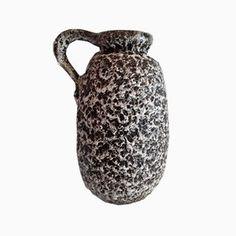 Vintage German Ceramic Vase for Shop with global insured delivery at Pamono. Ceramic Vase, Design Show, Vintage Designs, Tabletop, Vintage Items, Restoration, Mid Century, Sofa, Ceramics
