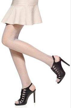 Hue Striped Diamond Tights - See more tights at www.fashion-tights.net #tights #pantyhose #hosiery #nylons #fashion #legs #legwear #advertising #influencer #collants