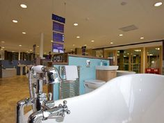 Travis Perkins, City Plumbing - High Technology Lighting - Showroom Lighting