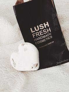 ♚ ♡ Lush ♡ Bath ♡ Bomb ♡ ♛ ⇥[@jilliantheasian]⇤