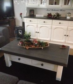 meubels met krijtverf van annie sloan lena tafel