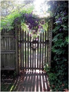I've always wanted to have a secret garden with a hate something like this in my backyard