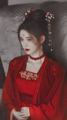 Chinese Traditional Costume, Traditional Fashion, Traditional Outfits, Cute Girl Pic, Cute Girls, Prity Girl, Pretty Quinceanera Dresses, Pretty Korean Girls, Beautiful Chinese Girl