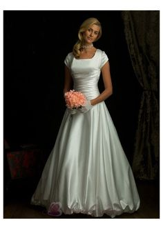LDS Modest Simple Wedding Dresses with Sleeves   Simple Modest Ball Gown Wedding Dress With Short Sleeves W1630