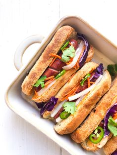 These gluten free banh mi hot dogs have all the flavor of the classic Vietnamese sandwiches, without any of the time consuming steps. Yummy Recipes, Gluten Free Recipes For Dinner, Dairy Free Recipes, Yummy Food, Gluten Free Buns, Gluten Free Sweets, Gluten Free Baking, Hot Dogs, Sandwiches
